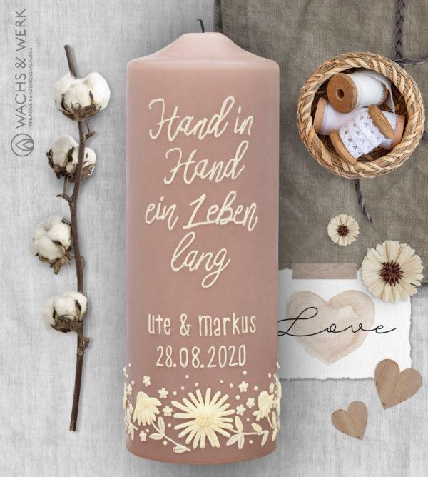 Hochzeitskerze Hand in Hand mit Blumenranke