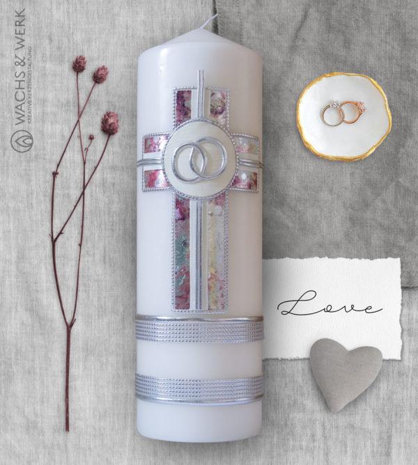 Hochzeitskerze mit Kreuz und Ringen