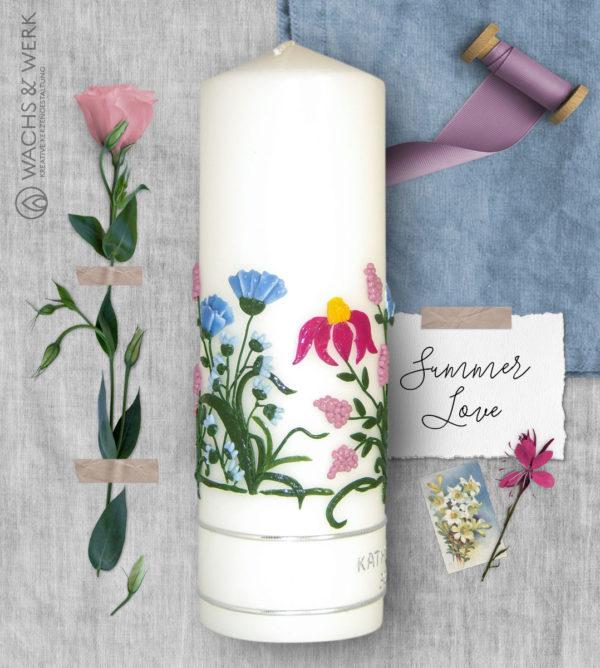 Hochzeitskerze mit Sommerblumen